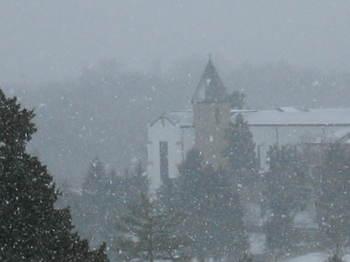 Abbey_in_snow