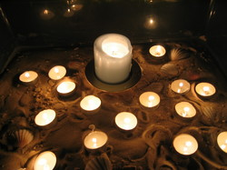 Candles_in_sand_1