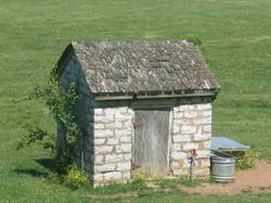 The_well_house_2
