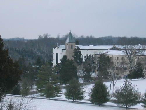 Abbey_in_snow2