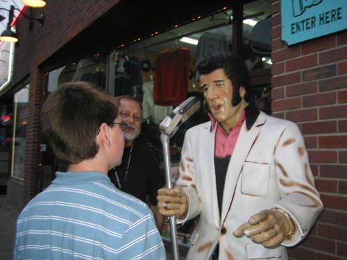 Elvis_and_hudson